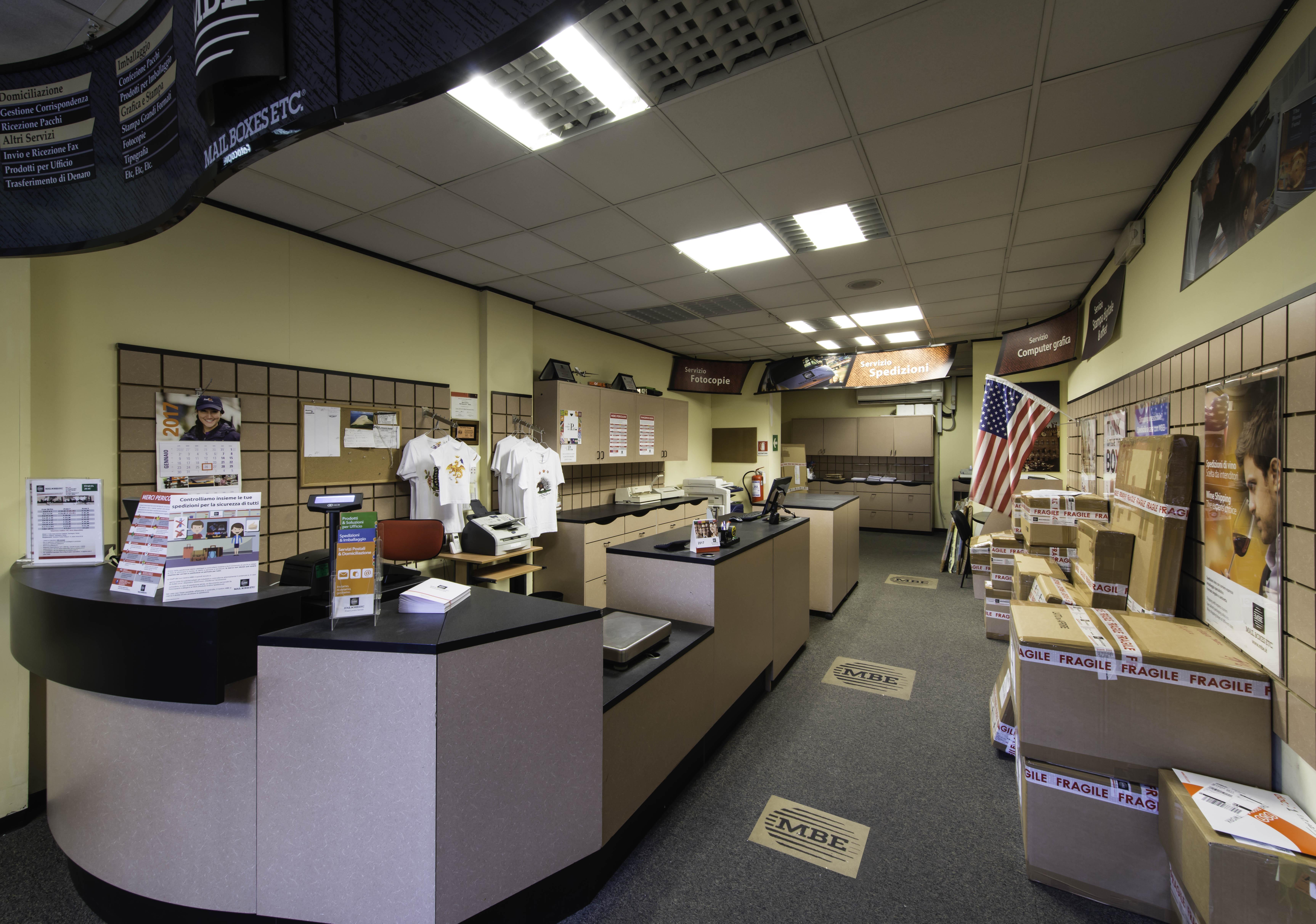 Mail Boxes Etc. Siena centro via ricasoli